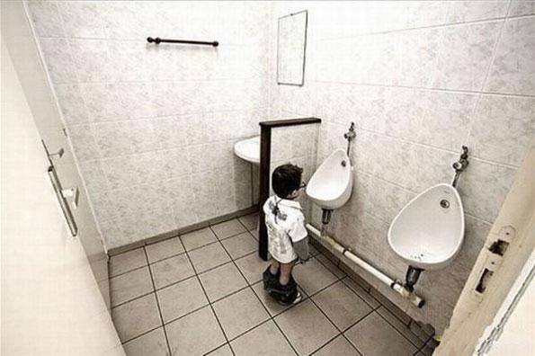 谁设计的卫生间,坑爹呢